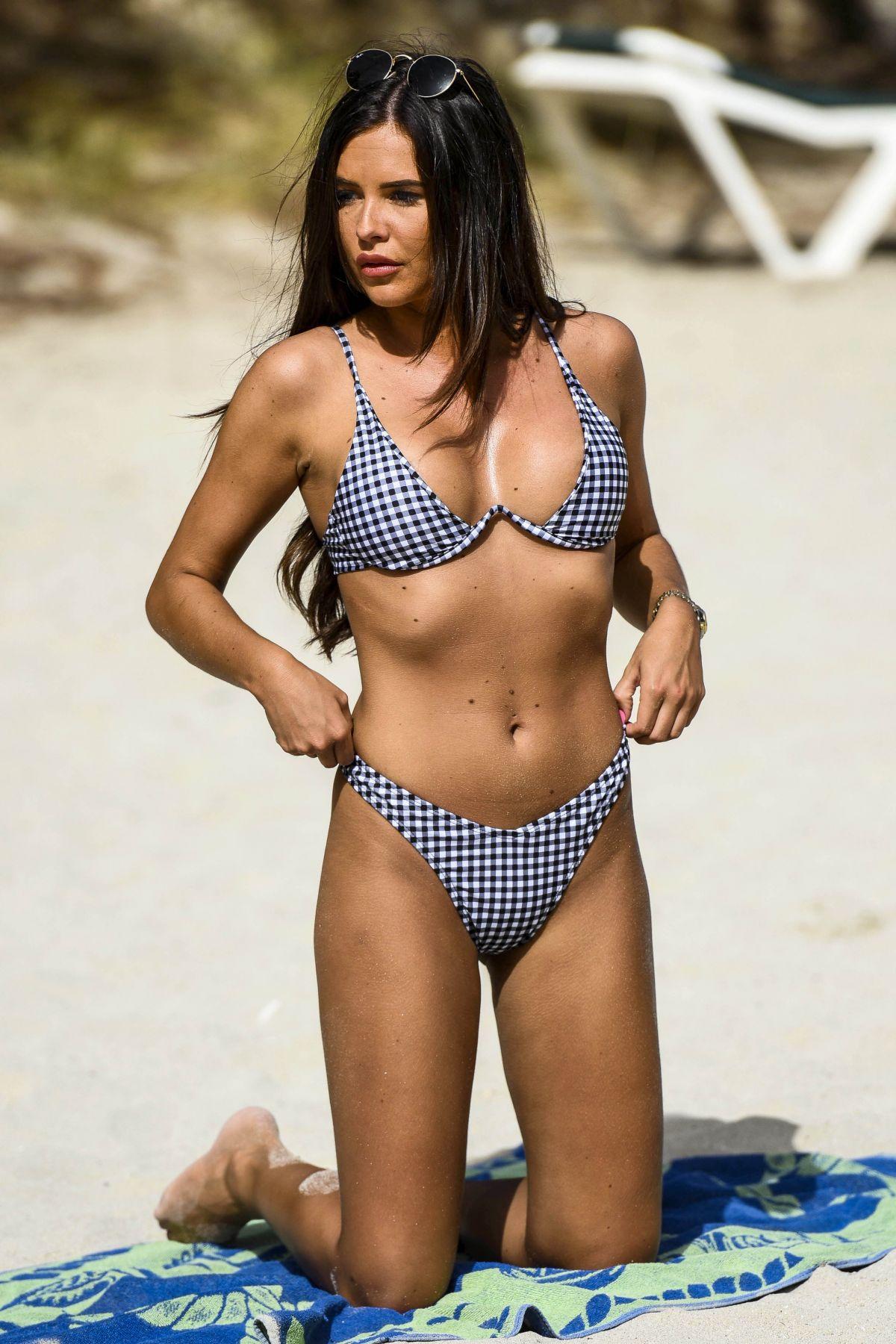 Bikini Clelia Theodorou nude (83 photo), Sexy, Cleavage, Twitter, panties 2017