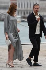 ANNE HATHAWAY and Adam Shulman Out in Venice 09/01/2018
