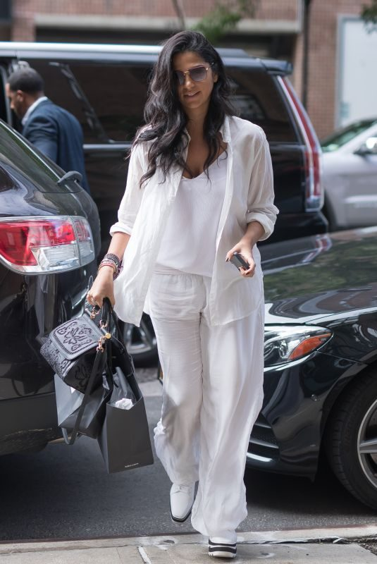 CAMILA ALVES Out in New York 09/27/2018