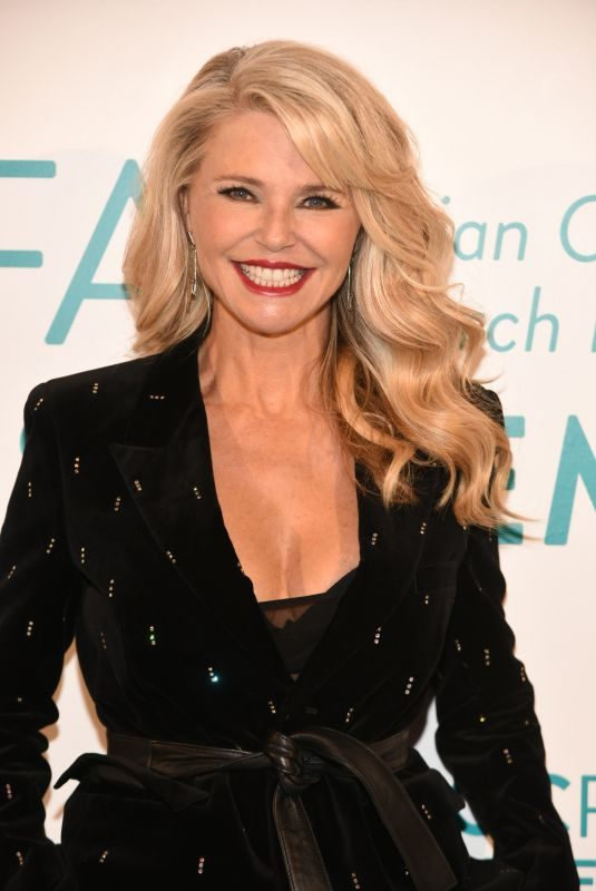 CHRISTIE BRINKLEY at Ovarian Cancer Research Fund Alliance in New York 09/27/2018
