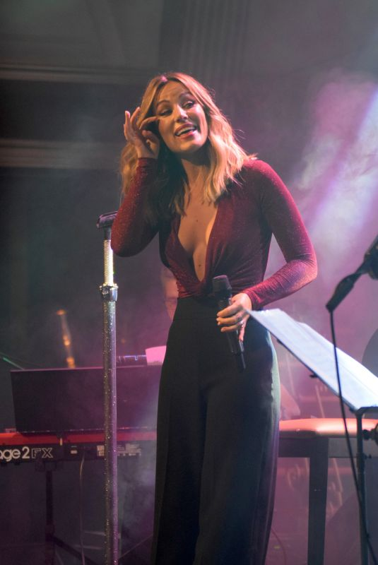 EDURNE Performs at a Concert in Madrid 09/26/2018