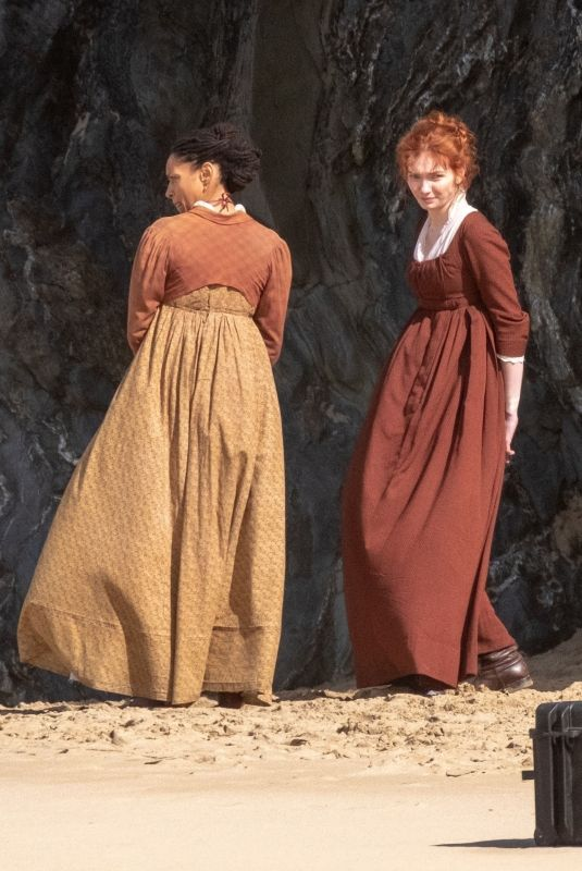 ELEANOR TOMLINSON on the Set of Poldark in Cornwall 09/21/2018