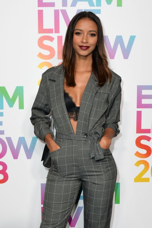 FLORA COQUEREL at Etam Fashion Show at PFW in Paris 09/25/2018