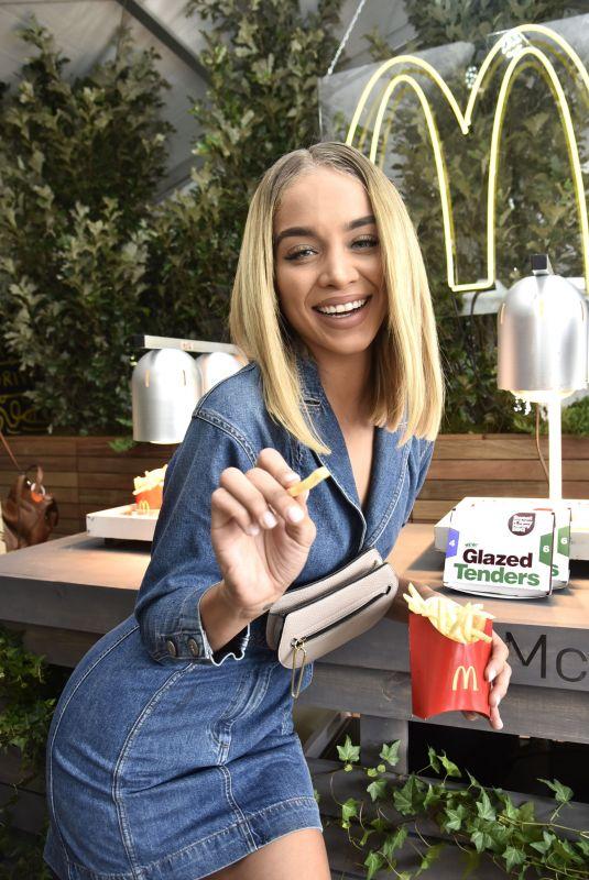 JASMINE SANDERS at McDonald