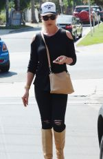 KATHERINE HEIGL Out and About in Los Angeles 09/04/2018