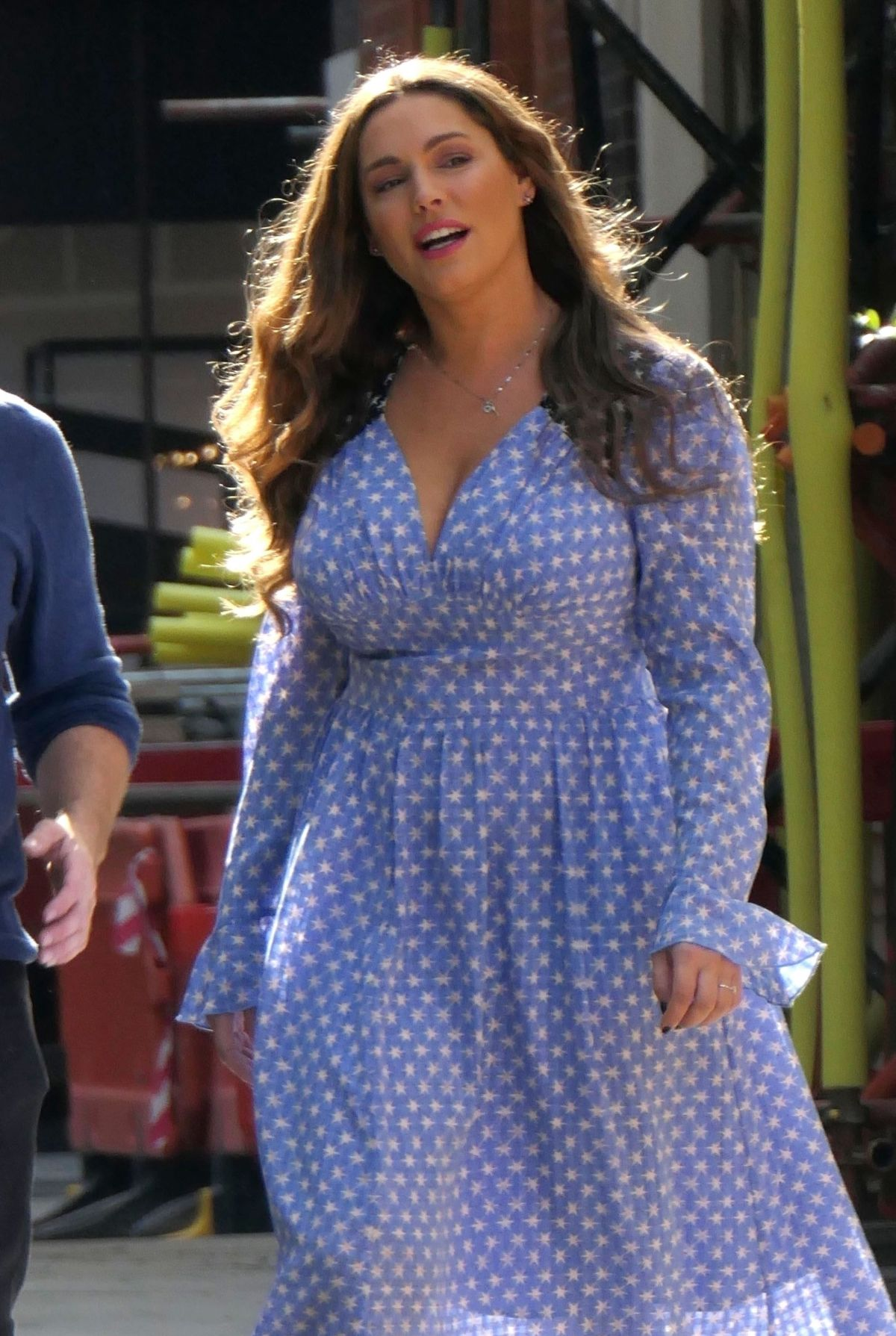 KELLY BROOK Out Filming in London 09/25/2018 – HawtCelebs