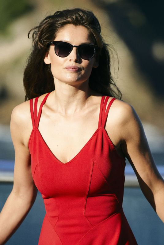 laetitia casta   faithful man photocall   san