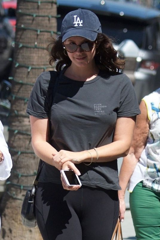 LANA DEL REY Out for Lunch in Beverly Hills 09/13/2018