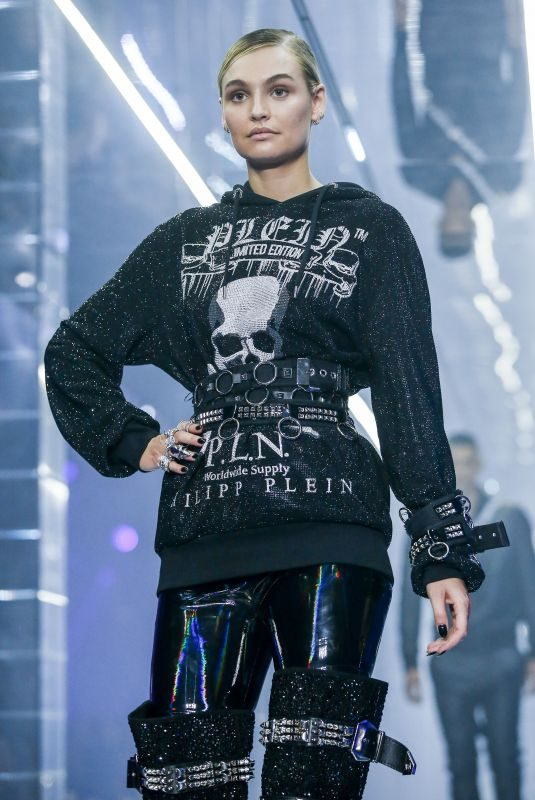 ROOSMARIJN DE KOK at Philipp Plein Runway Show at Milan Fashion Week 09/21/2018