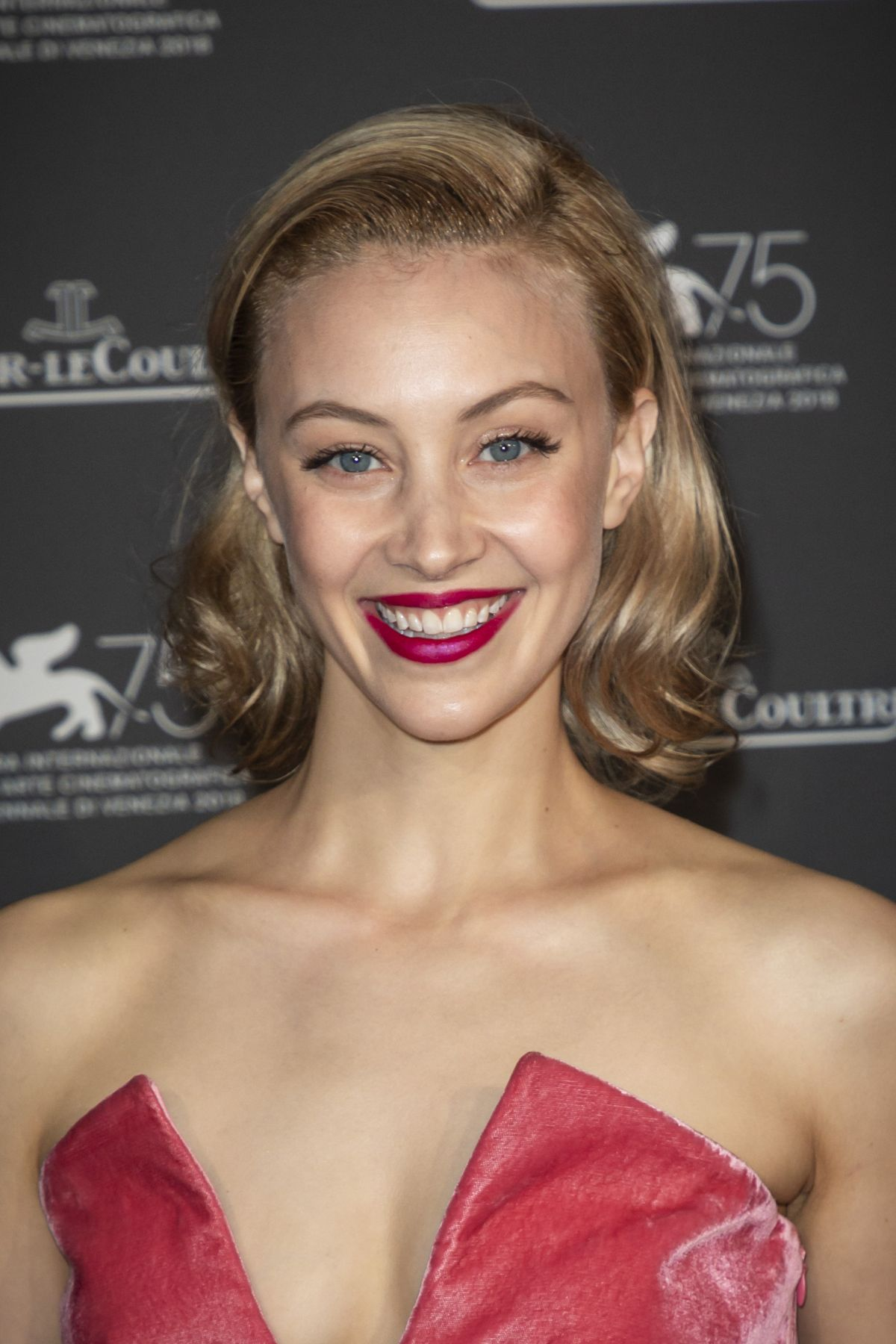 Sarah Gadon naked (71 foto and video), Ass, Fappening, Twitter, lingerie 2017