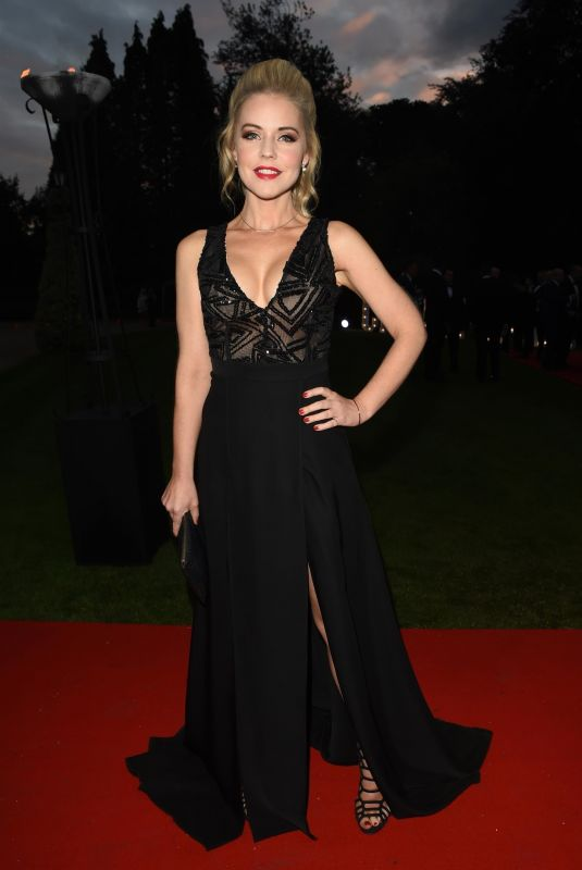 STEPHANIE WARING at Creme de la Creme Charity Gala Ball in Cheshire 09/22/2018