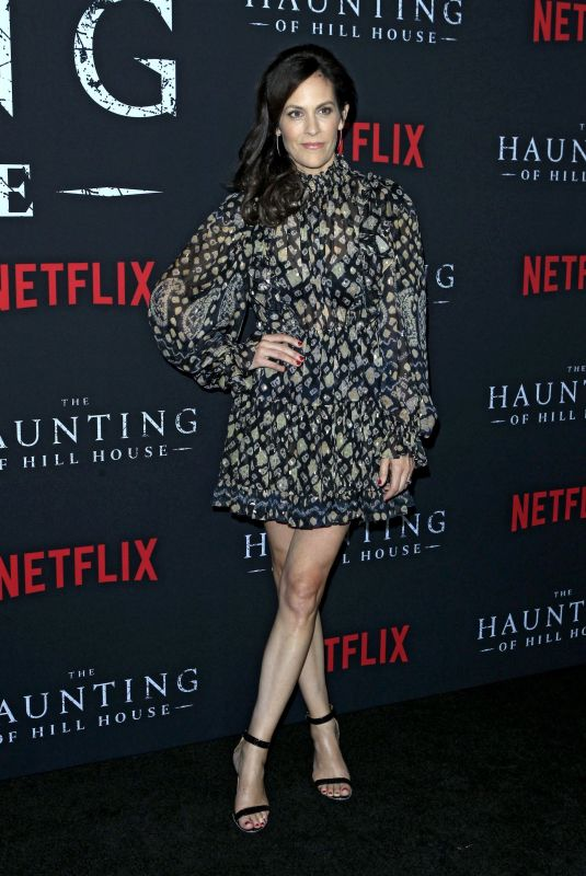 ANNABETH GIS at The Haunting of Hill House Premiere in Los Angeles 10/08/2018
