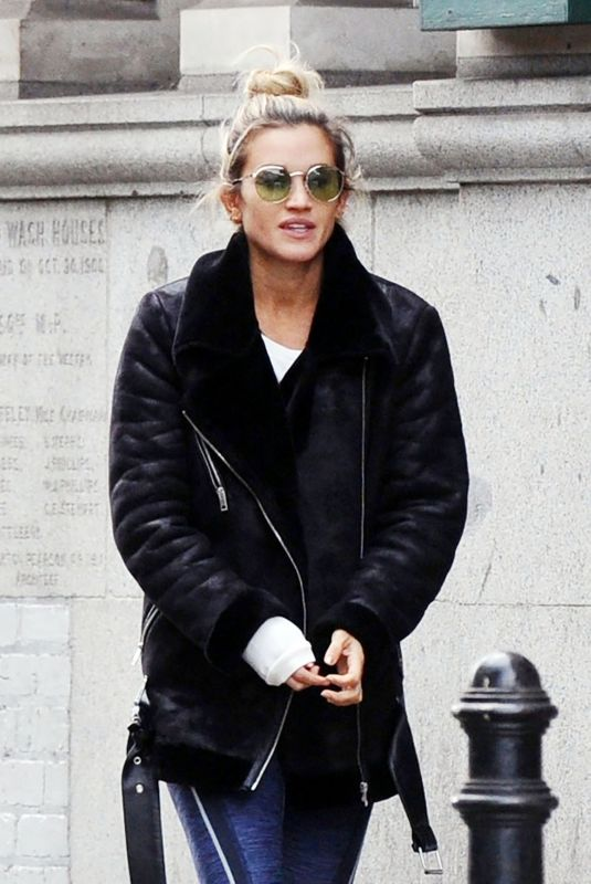 ASHLEY ROBERTS Out for Lunch in London 10/02/2018