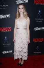 BARBARA DUNKELMAN at The Heroes After Dark Panel at New York Comic-con 10/05/2018