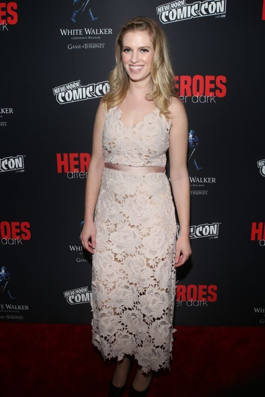 BARBARA DUNKELMAN at The Heroes After Dark Panel at New York Comic-con 10/05/2018