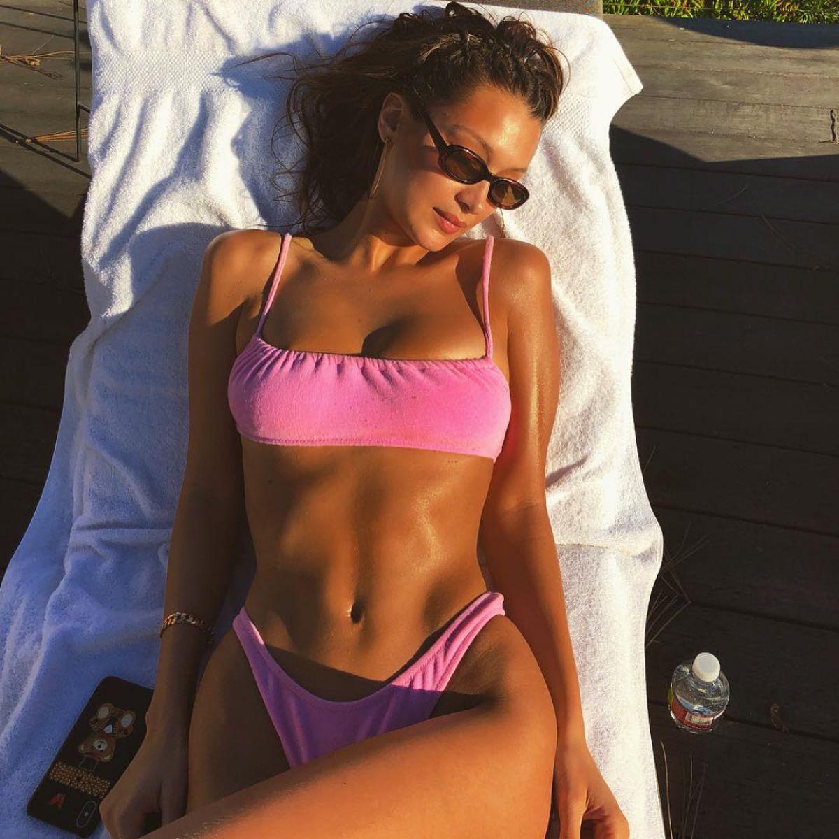 Instagram Bella Hadid nude (93 foto and video), Tits, Cleavage, Feet, legs 2015