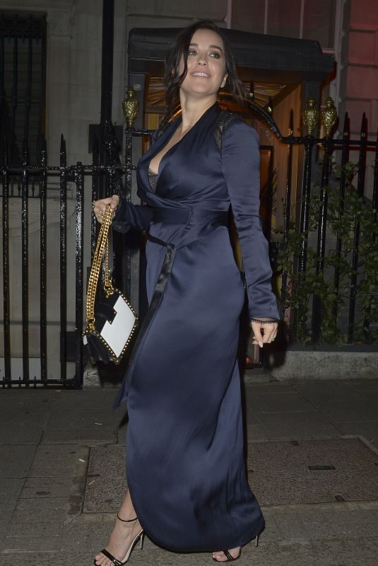 ELENA ORA Celebrates Her 30th Birthday in London 10/21/2018