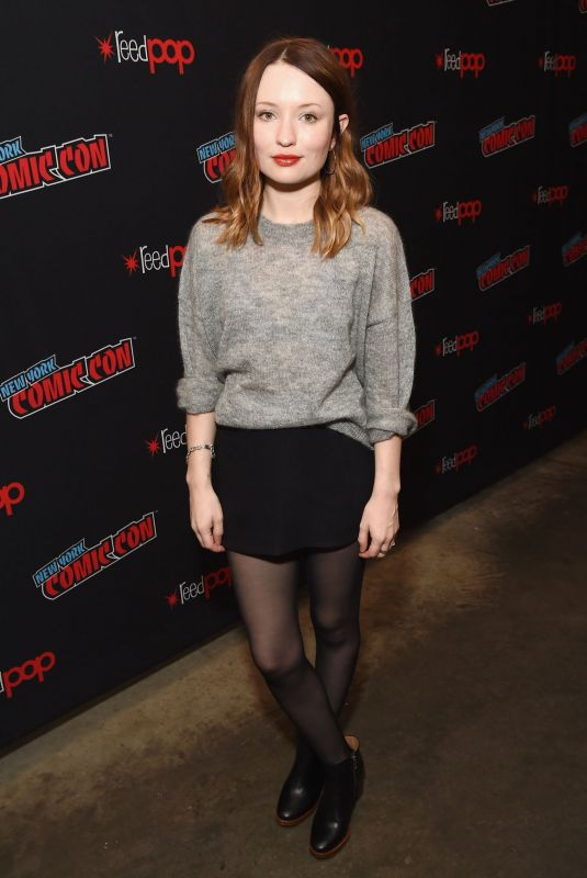 EMILY BROWNING at New York Comic-con 10/05/2018