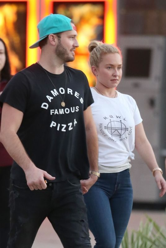 HAYDEN PANETTIERE and Brian Hickerson Out in St. Augustine 10/21/2018