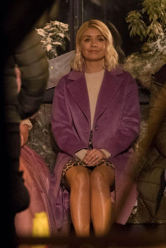 HOLLY WILLOGHBY at Marks & Spencer Christmas Advert in London 10/13/2018