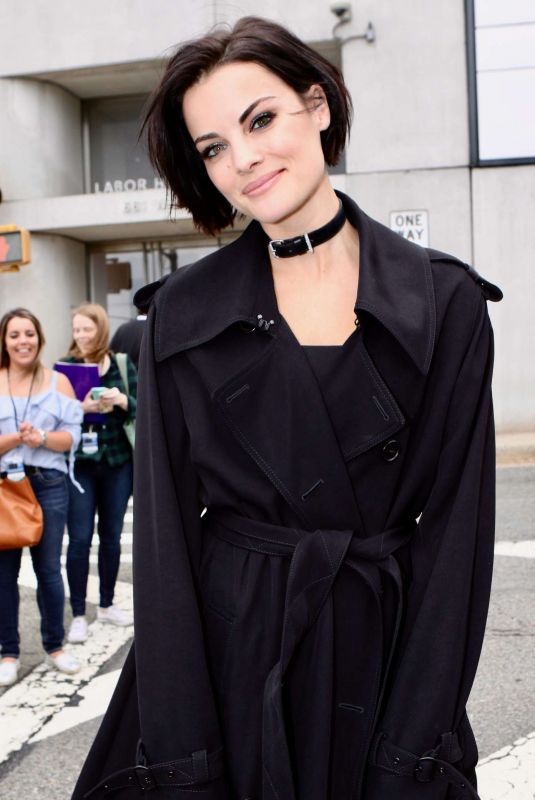 JAIMIE ALEXANDER Out at New York Comic-con 10/08/2018