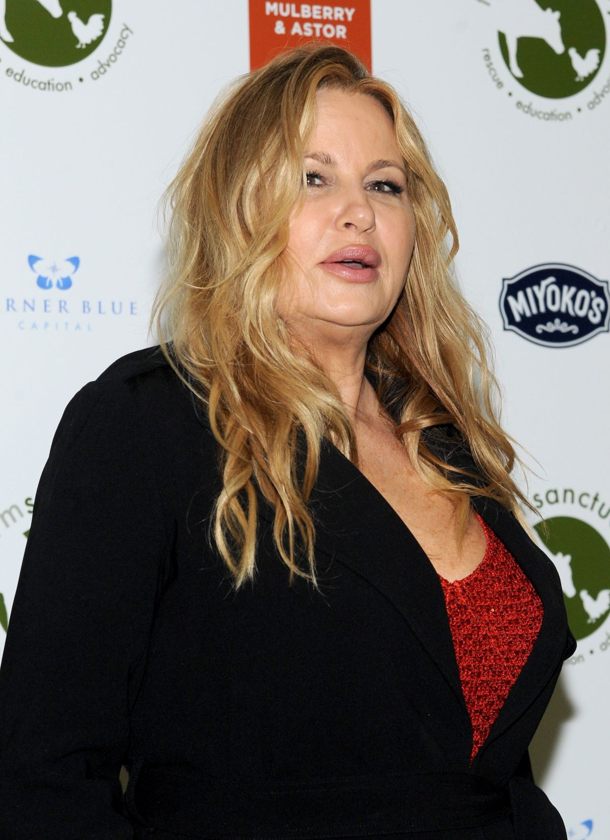 Jennifer Coolidge Nude Photos 50