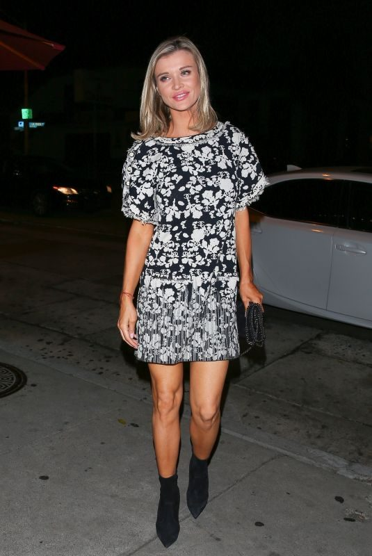 JOANNA KRUPA at Craig's Restaurant in West Hollywood 10/10/2018
