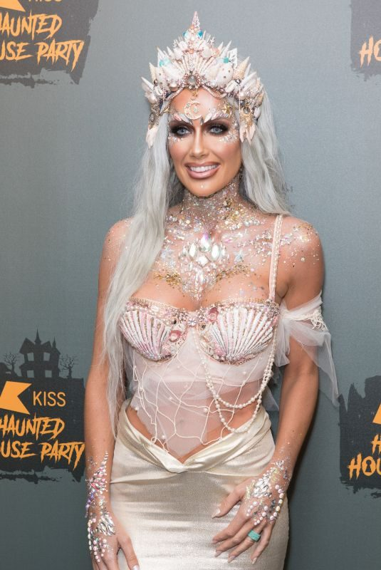 LAURA ANDERSON at Kiss Haunted House Party in London 10/26/2018