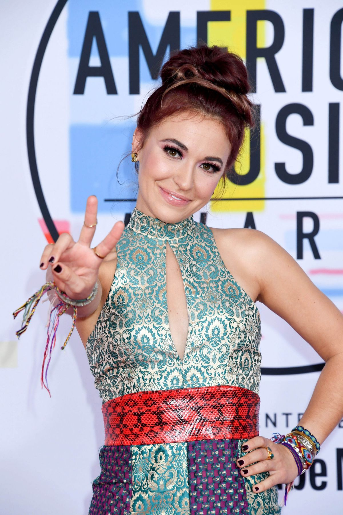 Lauren Daigle American Idol >> LAUREN DAIGLE at American Music Awards in Los Angeles 10