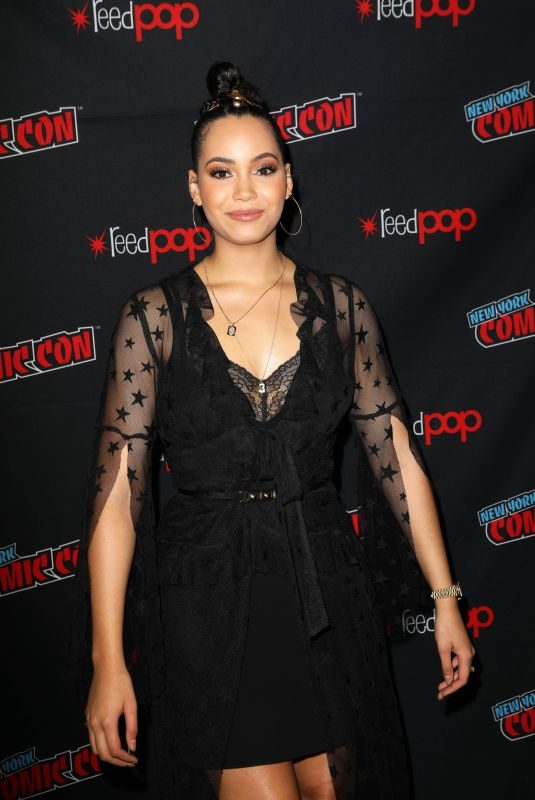 MADELEINE MANTOCK at Charmed Panel at New York Comic-con 10/03/2018