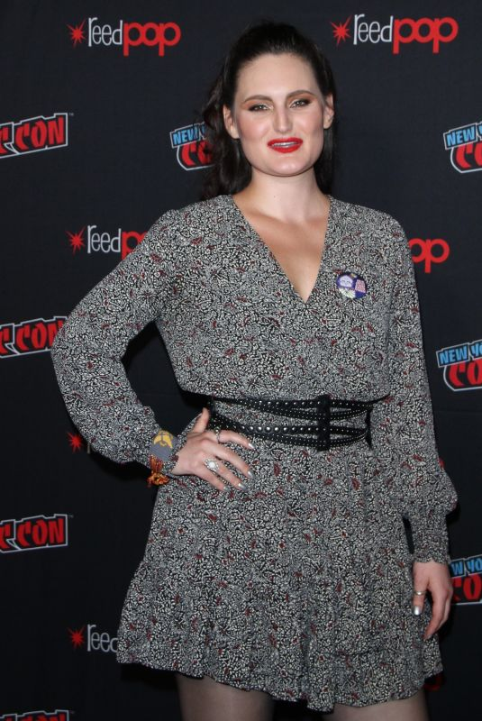 MARY CHIEFFO at Star Trek: Discovery Panel at New York Comic-con 10/06/2018