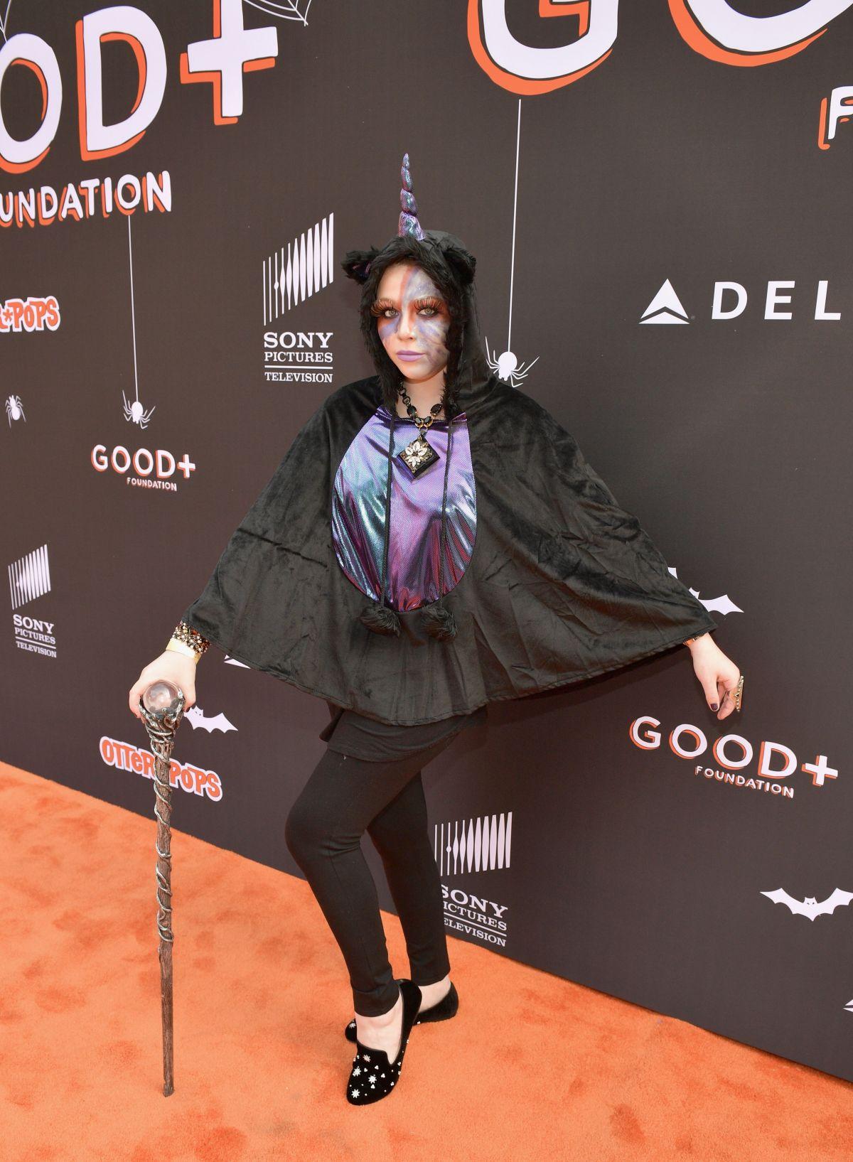 Michelle Trachtenberg 2020 Halloween MICHELLE TRACHTENBERG at Good + Foundation Halloween Bash in