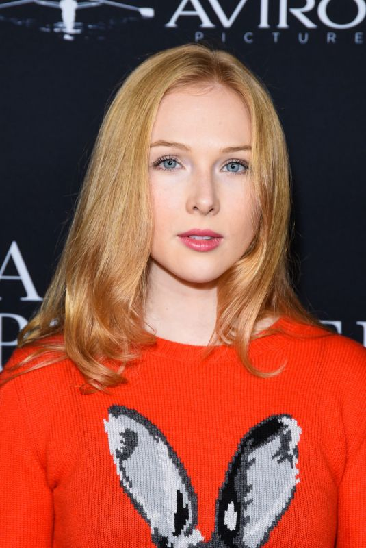 MOLLY QUINN at A Private War Premiere in Los Angeles 10/24/2018