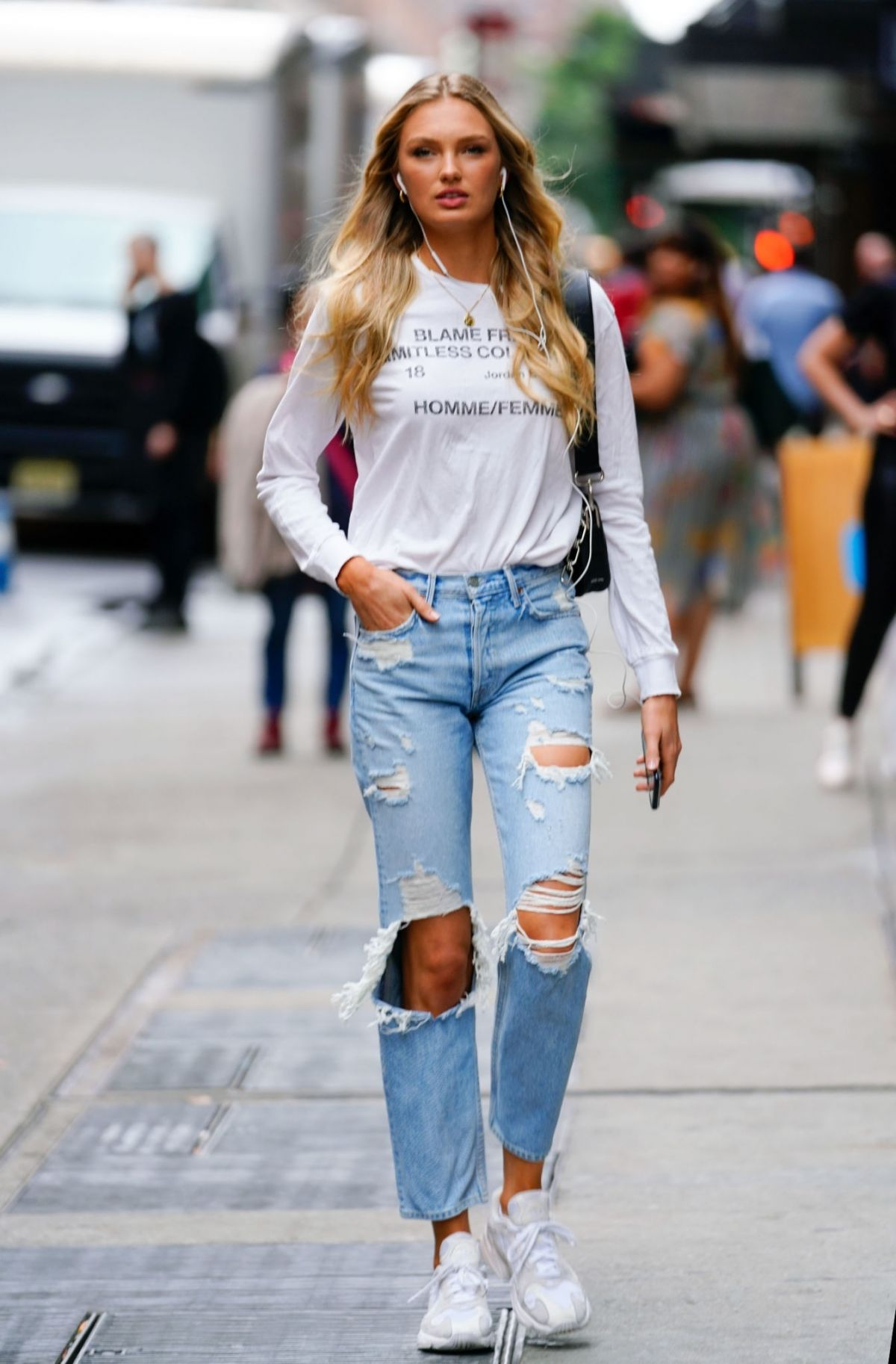 6105a2afbc37a8 ROMEE STRIJD in Ripped Jeans Out in New York 10/11/2018 – HawtCelebs