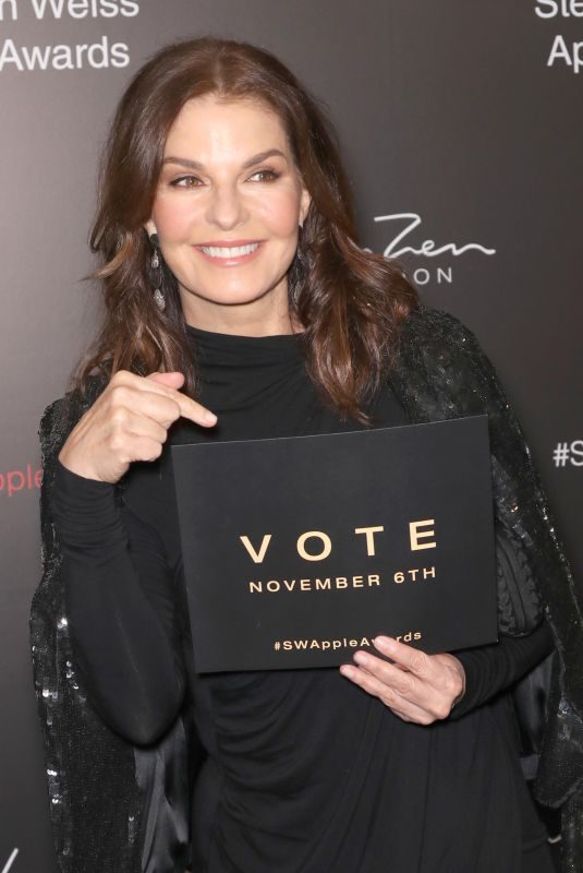 SELA WARD at Stephan Weiss Apple Awards in New York 10/24/2018