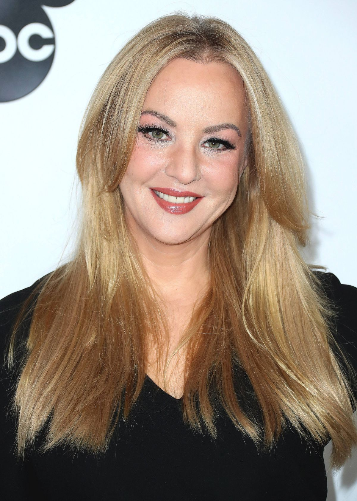 WENDI MCLENDON-COVEY at Mickeys 90th Spectacular in Los