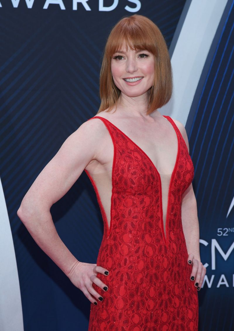 Alicia Witt Nude Photos 23