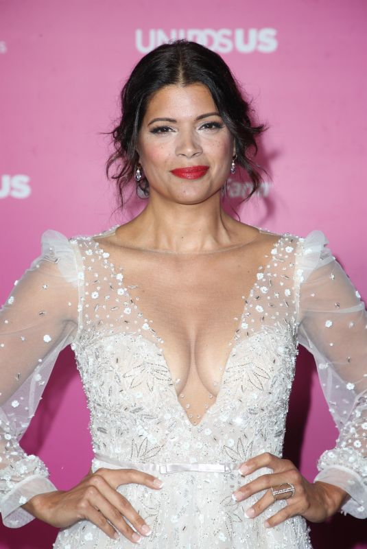 ANDREA NAVEDO at Almas 2018 Live on Fuse in Los Angeles 11/04/2018