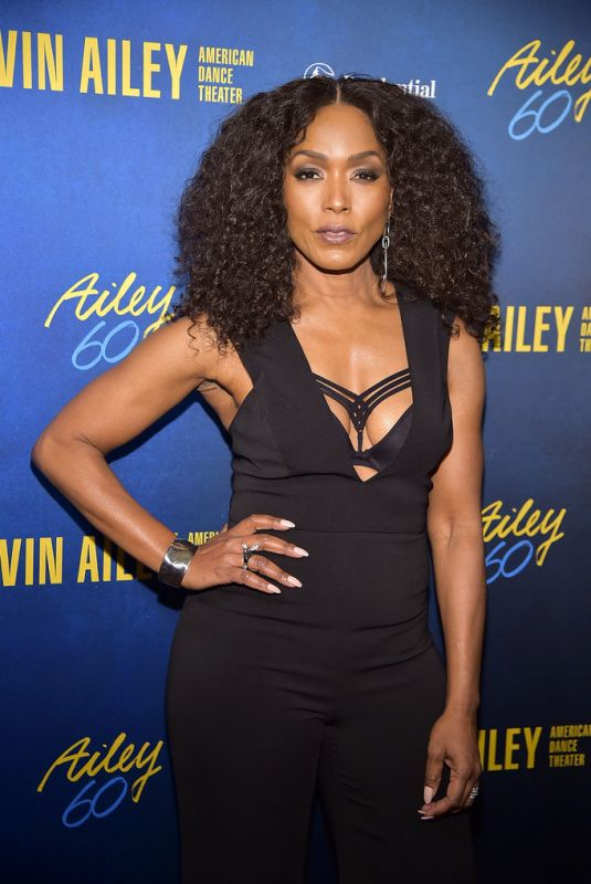 ANGELA BASSETT at Alvin Ailey American Dance Theater