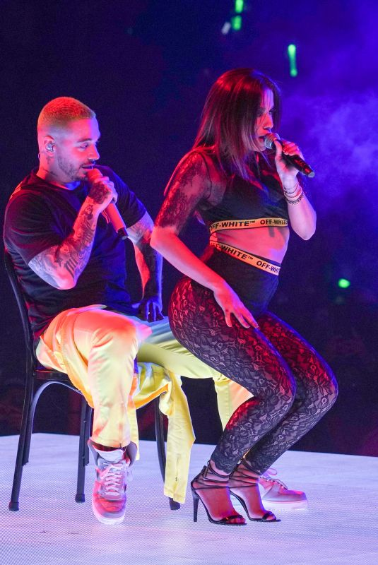 ANITTA Performs at Vibras Tour at American Airlines Arena  in Miami 10/28/2018