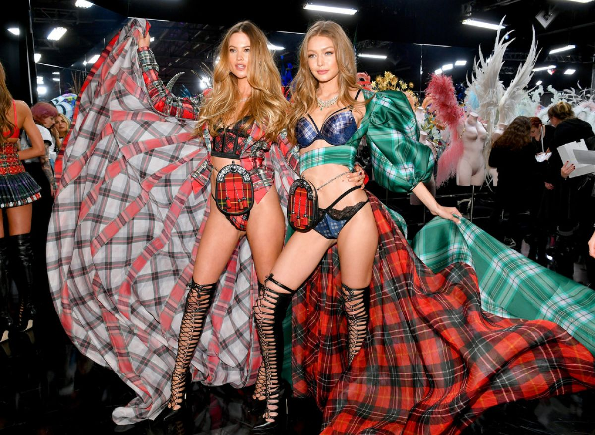 18e44c6a9ce BEHATI PRINSLOO at Victoria s Secret 2018 Show in New York 11 08 2018