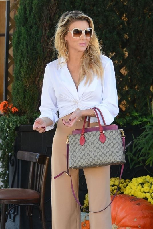 BRANDI GLANVILLE at Il Pastaio in Beverly Hills 10/31/2018