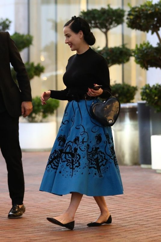 DITA VON TEESE Shopping at Neiman Marcus in BVeverly Hills 11/24/2018