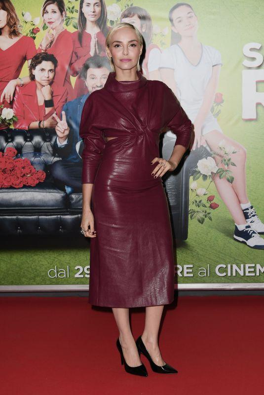 ELENA CUCCI at Se Son Rose Premiere in Rome 11/27/2018