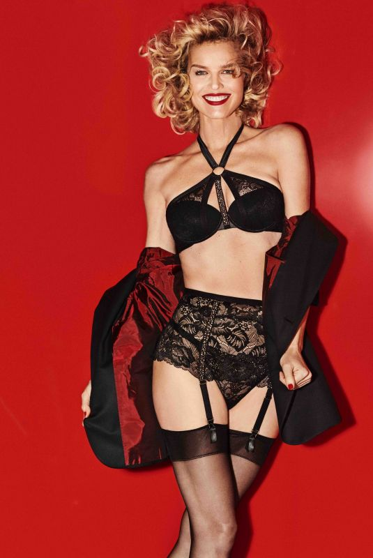 EVA HERZIGOVA for Yamamay