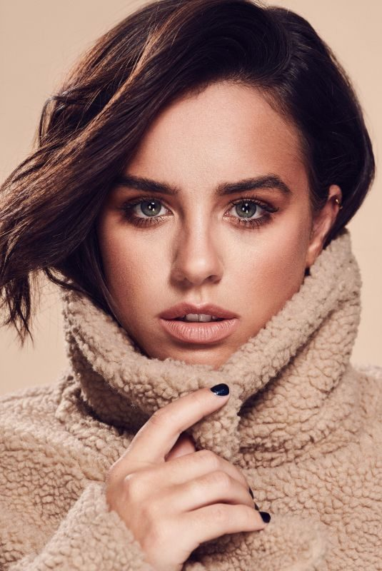 GEORGIA MAY FOOTE for Autumn Beauty Range with George At Asda, 2018