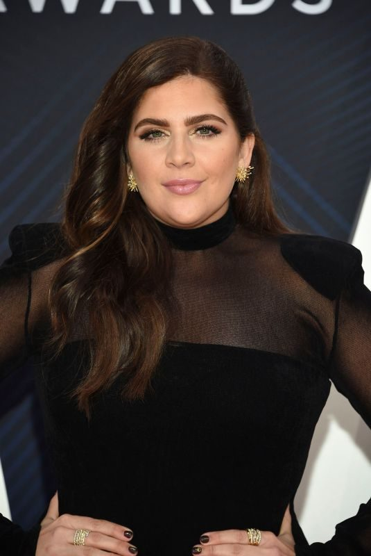 HILLARY SCOTT at 2018 CMA Awards in Nashville 11/14/2018
