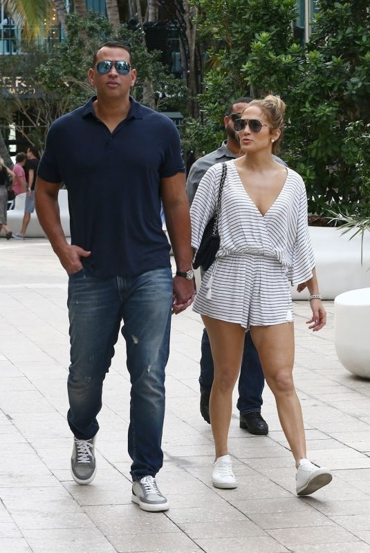 JENNIFER LOPEZ and Alex Rodriguez Out in Miami 11/02/2018