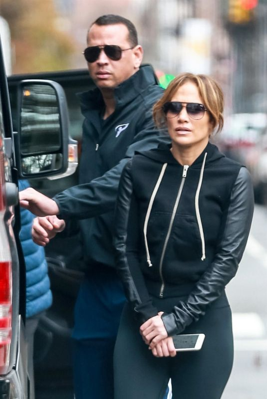JENNIFER LOPEZ Heading to a Gym in New York 11/27/2018