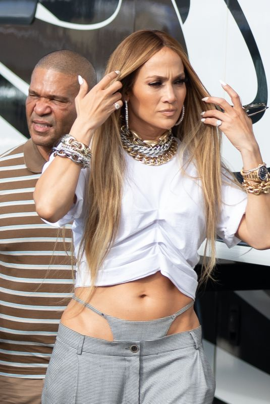 JENNIFER LOPEZ Shooting a Video with DJ Khaled in Miami 11/15/2018